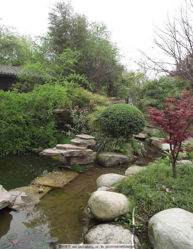 建筑园林 园林建筑  中式园林小景 树木 建筑 水景 流水 景观 绿草图片
