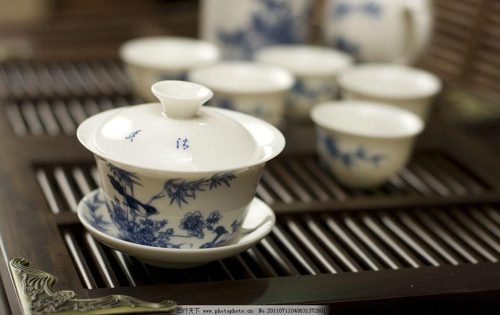 设计图库 餐饮美食 餐具厨具  陶瓷茶杯 精美茶具 陶瓷茶具 茶文化