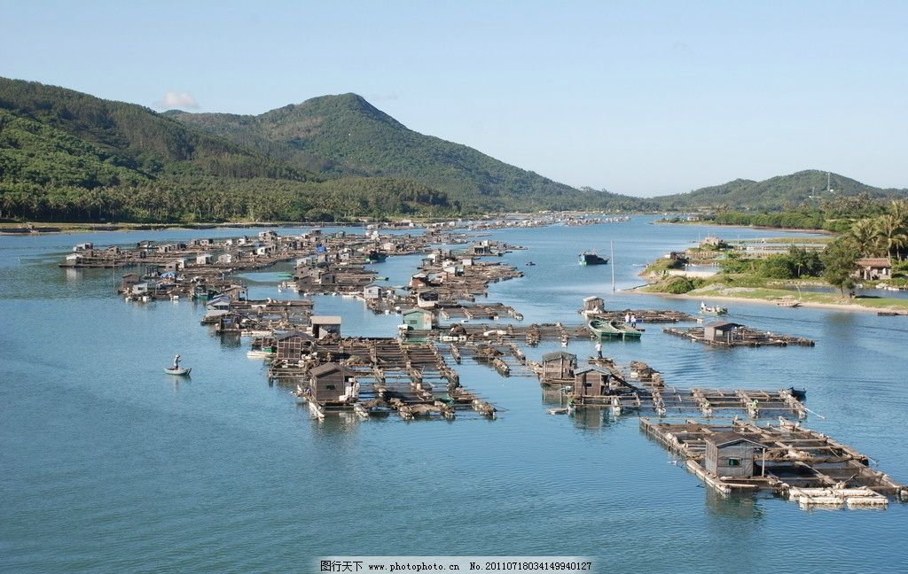 鱼排 渔船 大海 青山 渔民 神州半岛 风景 自然风景 旅游摄影