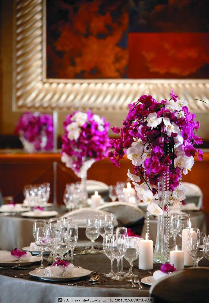 摆设 装饰品 工艺品 蜡烛 餐桌 桌面 餐厅 西餐厅 欧式餐厅 桌布 欧式