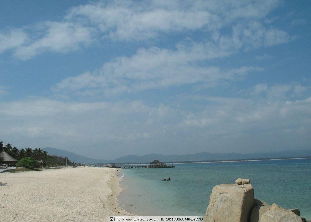 三亚风景 三亚 椰树 椰子树 蓝天 白云 大海 蓝色 海边 沙滩 山水风景
