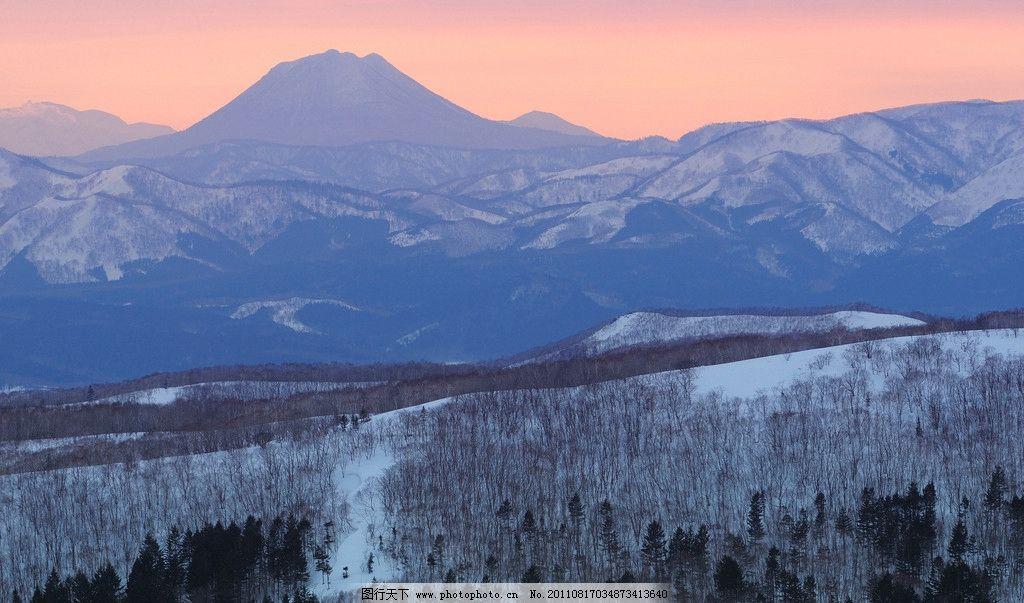 雪山 雪景 雪地 寒冷 虚幻的风景 自然风景 自然景观 摄影
