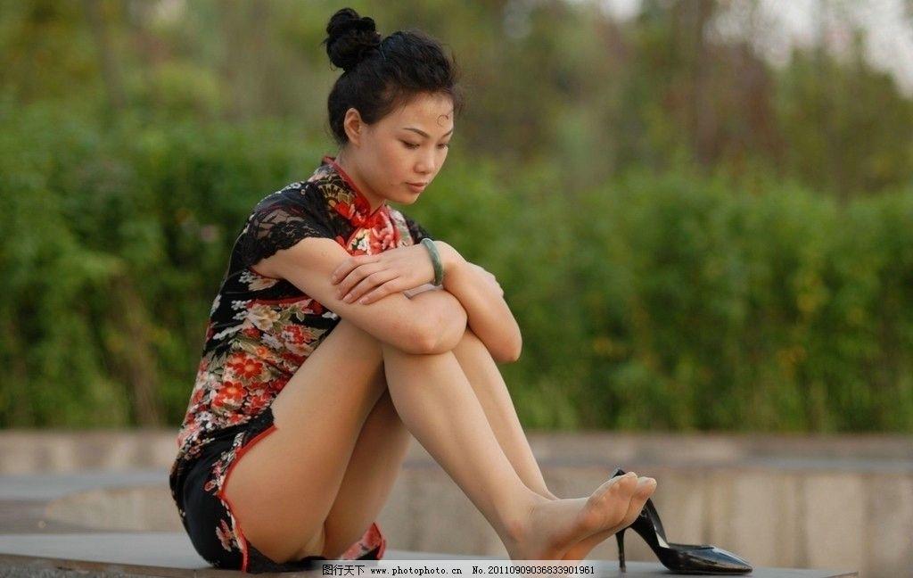 美腿模特 美腿 丝袜 旗袍 高跟 美女 玉足 模特 玉腿 长腿 少女 清纯