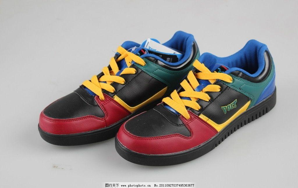 运动鞋 鞋子 耐磨鞋底 一流材质 系鞋带 体育用品 生活百科 摄影 72