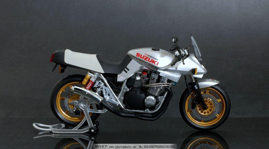 摄影图库 现代科技 交通工具  日本摩托车赛车 suzuki 模型车 刀 日本